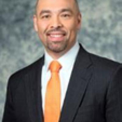 <span class='agenda-slot-speaker-name'>Mr. Tarik Reyes</span>